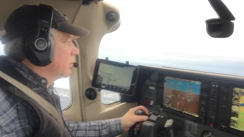 julian-falconer-piloting-falconair